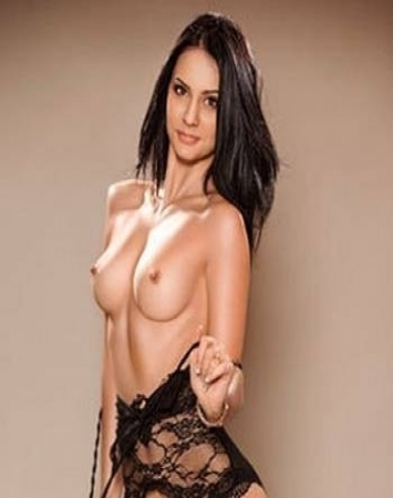 annonce Paris escorts Polly